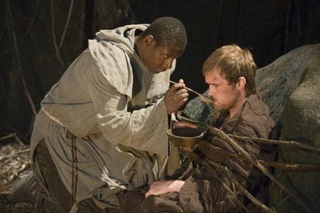 Tuck (David Harewood) and Robin Hood (Jonas Armstrong).