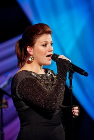 Kelly Clarkson of Duets