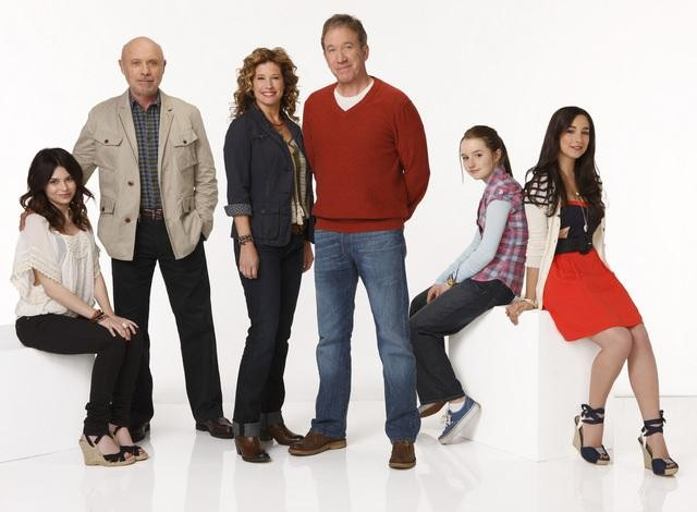 Alexandra Krosney, Hector Elizondo, Nancy Travis, Tim Allen, Kaitlyn Dever and Molly Ephraim star in ABC's Last Man Standing.