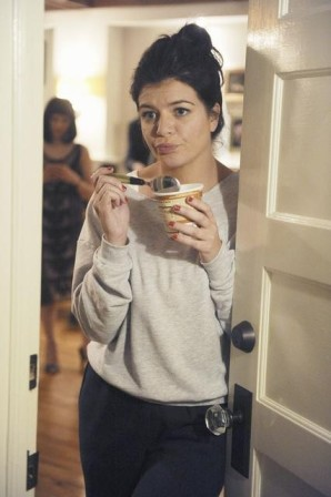 Casey Wilson shines in the second season of Happy Endings.