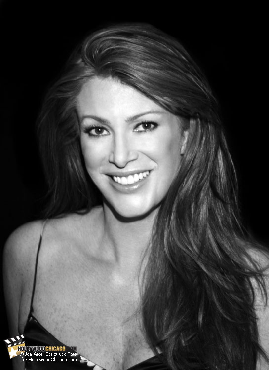 Angie Everhart at the Wizard World Chicago Comic Con, August, 2010