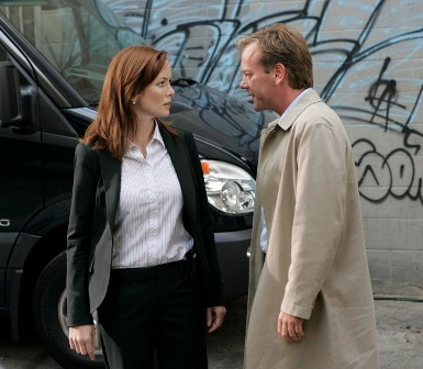 Kiefer Sutherland as Jack Bauer (R) and Annie Wersching as Renee Walker (L). Day 7 premieres with a special two-night event Sunday, Jan. 13 (8:00-10:00 PM ET/PT) and Monday, Jan. 14 (9:00-10:00 PM ET/PT) on FOX.