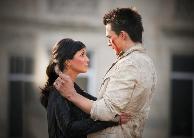 Rupert Friend and Emmanuelle Chriqui star in Renny Harlin's 5 Days of War.