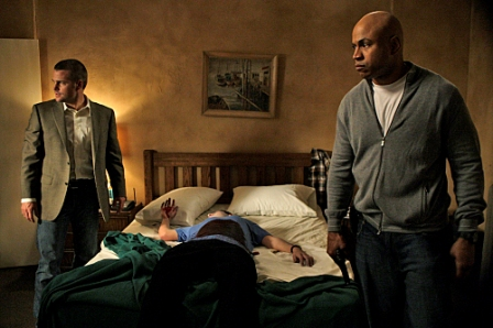 "NCIS: LOS ANGELES, a new CBS fall drama starring Chris O'Donnell (left) as Special Agent ""G"" Callen and LL COOL J as Special Agent Sam Hanna."