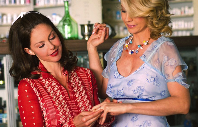 Ashley Judd, Jenna Elfman