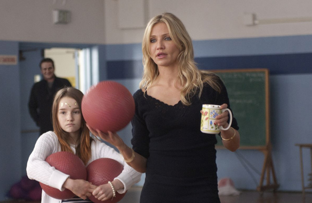 Cameron Diaz as Elizabeth is About to Make a Point in 'Bad Teacher'