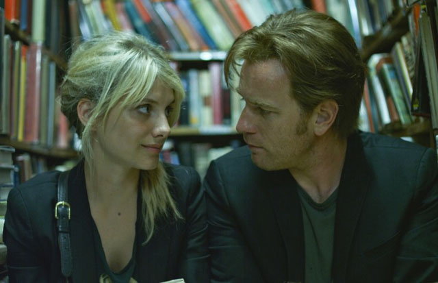Love is Vague: Anna (Mélanie Laurent) and Oliver (Ewan McGregor) in 'Beginners'