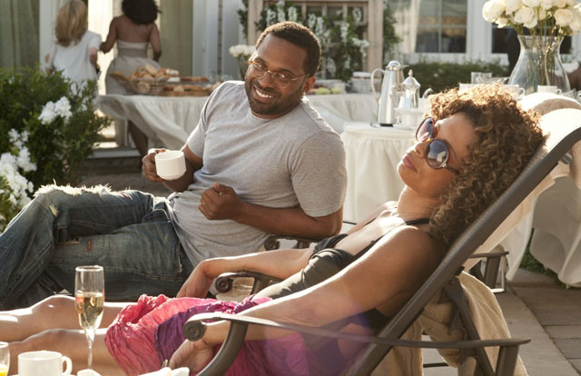 Relations: Mike Epps (Uncle Willie Earl) and Valarie Pettiford (Aunt Geneva) in 'Jumping the Broom'