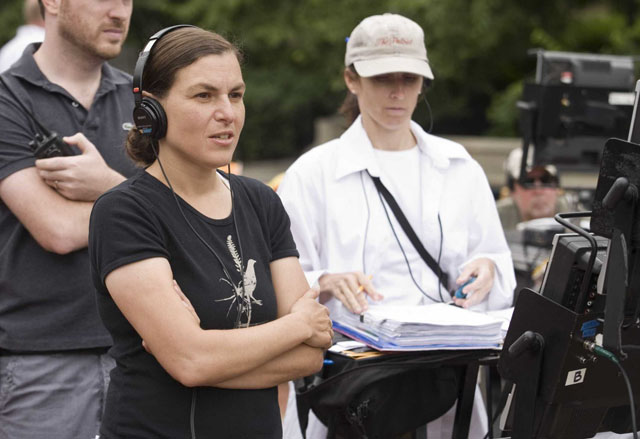 The Director: Nanette Burstein on the Set in 'Going the Distance'