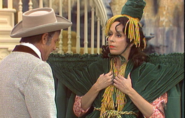 Harvey Korman, Carol Burnett