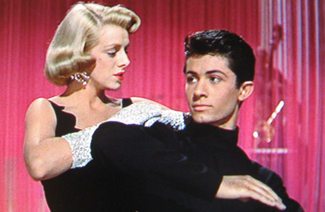 The Face That Launched a 1000 Proposals: Rosemary Clooney and George Chakiris in 'White Christmas'