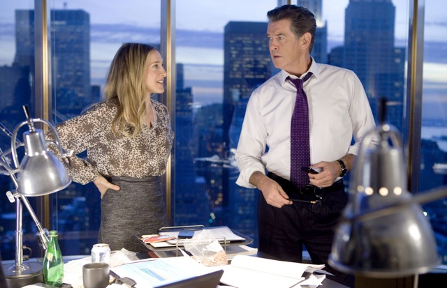 Working Mom: Sarah Jessica Parker as Kate and Pierce Brosnan as Jack in 'I Don't Know How She Does It'