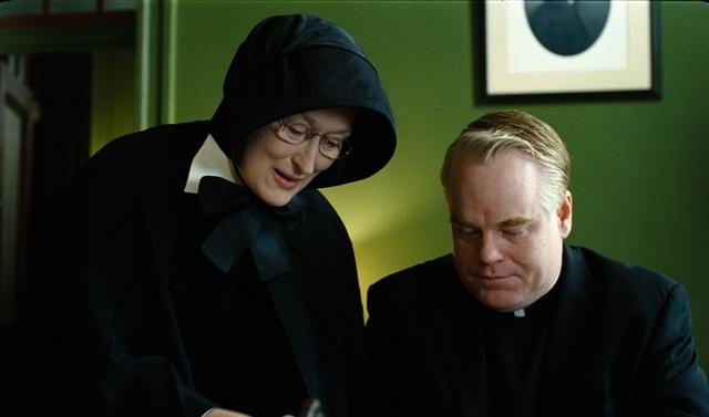 Meryl Streep as Sister Aloysius and Philip Seymour Hoffman as Father Flynn.