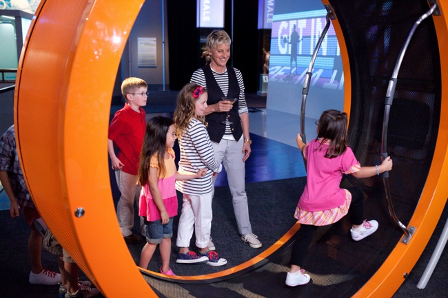 "Ellen DeGeneres chaperones a field trip to the Museum of Science and Industry."" target="
