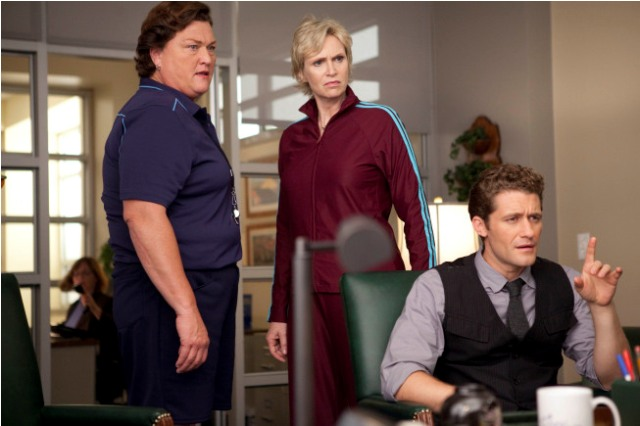 Coach Beiste (guest star Dot Jones, L), Will (Matthew Morrison, R) and Sue (Jane Lynch, C) argue in Principal Figgins' office in