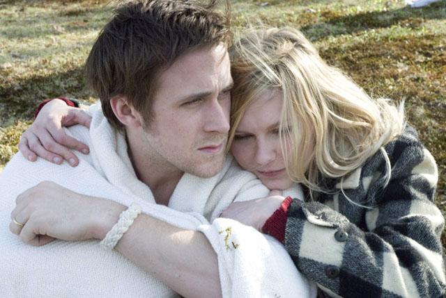 Ryan Gosling as David Marks and Kirsten Dunst as Katie in 'All Good Things'