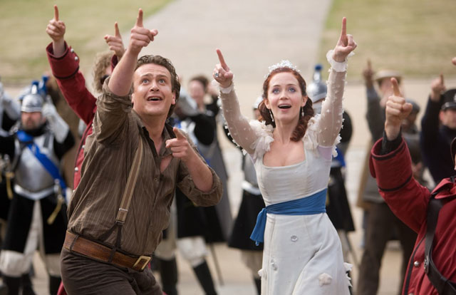 Things are Looking Up: Jason Segal as Horatio and Emily Blunt as Princess Mary in 'Gulliver's Travels'