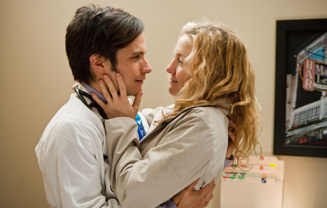 Star Crossed: Gael Garciá Bernal (Julian) and Kate Hudson in 'A Little Bit of Heaven'