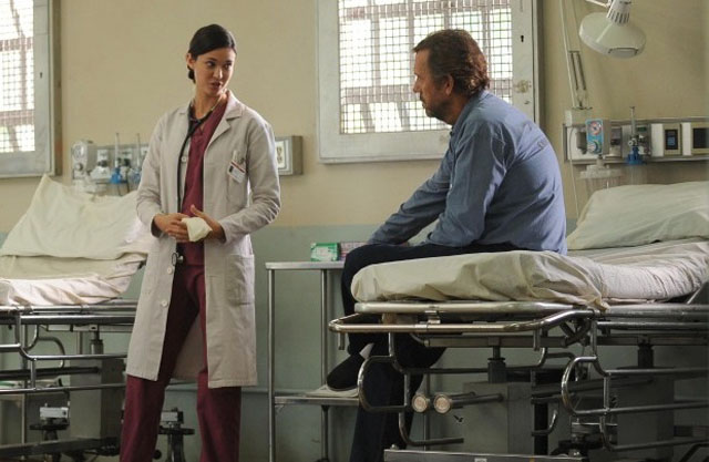 Ally or Enemy?: Guest Star Odette Annable as Dr. Jessica Adams with Hugh Laurie on 'House M.D.'