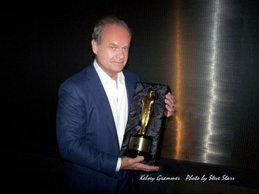 Kelsey Grammer Displays his Hugo Award