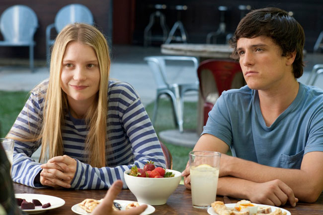They're All, All Right: Mia Wasikowska and Josh Hutcherson in 'The Kids Are All Right'
