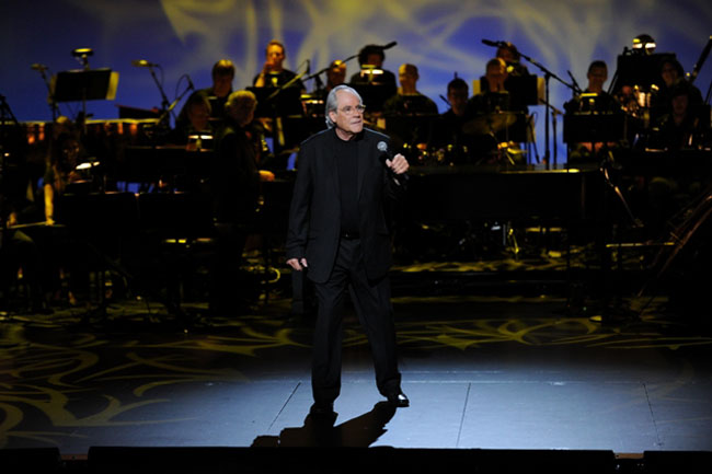 Symphony for the Comic: Robert Klein in the HBO Special, 'Unfair and Unbalanced