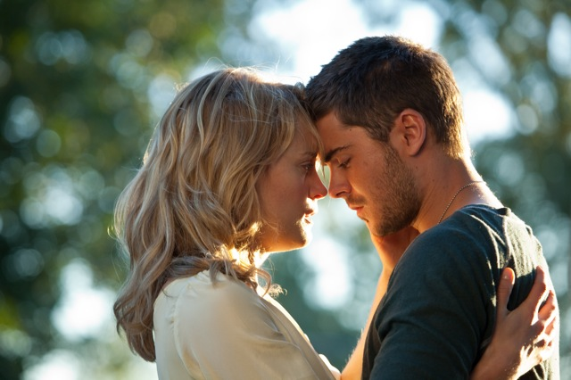 TAYLOR SCHILLING as Beth and ZAC EFRON as Logan in Warner Bros. Pictures' and Village Roadshow Pictures' romantic drama THE LUCKY ONE, a Warner Bros. Pictures release.