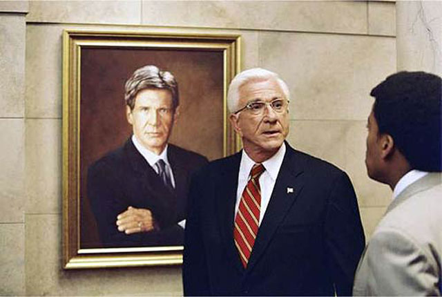 Leslie Nielsen in a Late Career Role in 'Scary Movie 3'