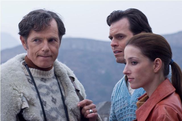 Bruce Greenwood as Ben Stevenson, Steven Heathcote as Bobby Cordner and Camilla Vergotis as Mary in MAO'S LAST DANCER.