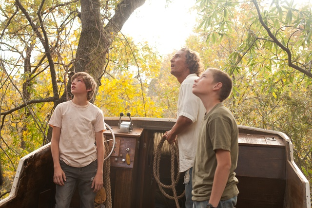 Tye Sheridan, Matthew McConaughey and Jacob Lofland star in Jeff Nichols's Mud.