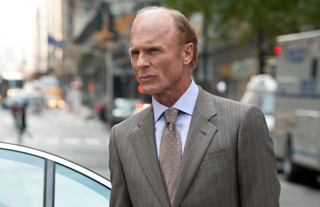 Baby, He's Rich Man: Ed Harris (David Englander) in 'Man on a Ledge'