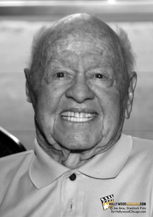 The Mickster: Mickey Rooney at the Hollywood Celebrities Show, Oct. 17th, 2009