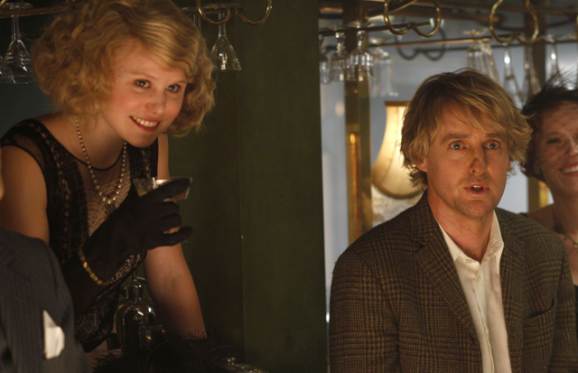 Paris When it Sizzled: Alison Pill (Zelda Fitzgerald) and Owen Wilson (Gil) in 'Midnight in Paris'