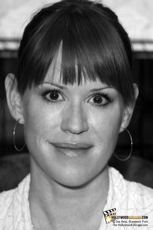 Molly Ringwald at Borders Books in Lincoln Park, Chicago, April 30th, 2010