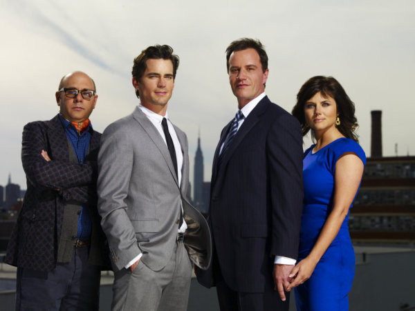 Willie Garson as Mozzie, Matt Bomer as Neal Caffrey, Tim DeKay as Peter Burke, Tiffani Thiessen as Elizabeth Burke