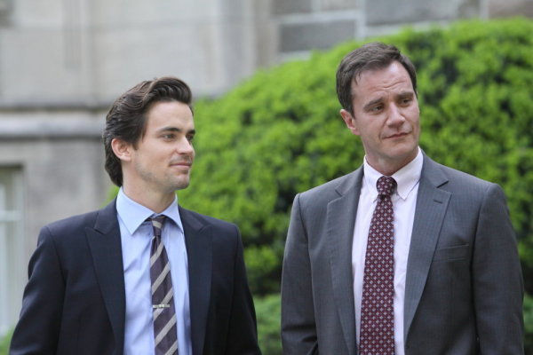 Matthew Bomer as Neal Caffrey, Tim DeKay as Peter Burke