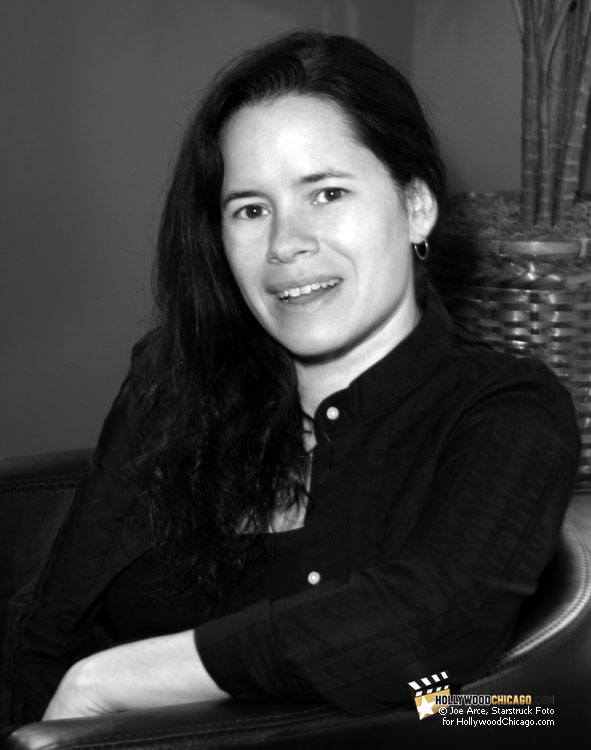 Smiling for the Camera: Natalie Merchant in Chicago