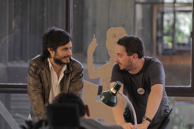 Gael García Bernal and director Pablo Larraín on the set of No.