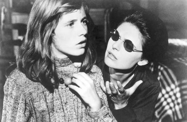 Scene from 'The Miracle Worker,' Patty Duke's Oscar Winning Performance as Helen Keller, with Anne Bancroft (right) as Annie Sullivan