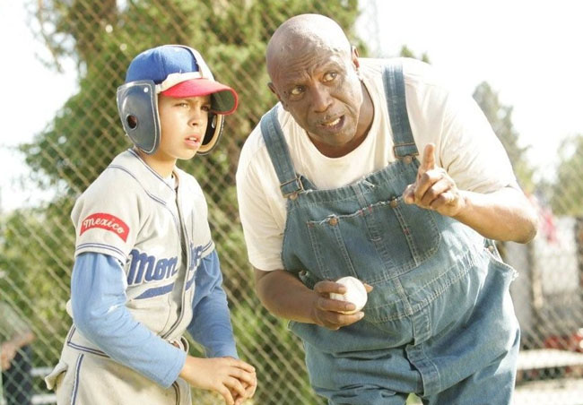 One of the Monterrey Ball Players Gets Tips from Louis Gossett, Jr. as Cool Papa Bell in 'The Perfect Game'