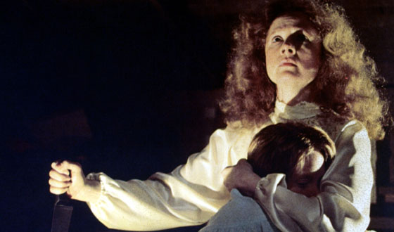 Piper Laurie and Sissy Spacek star in Brian De Palma's 1976 thriller Carrie.