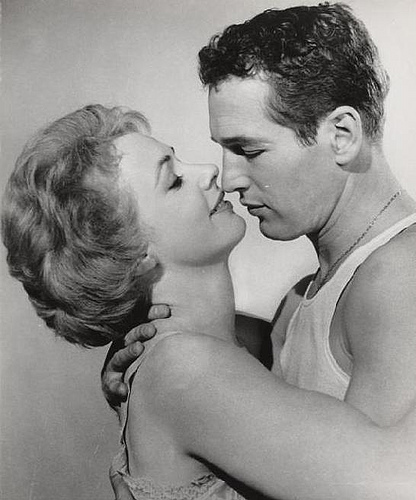 Piper Laurie and Paul Newman star in Robert Rossen's 1961 classic The Hustler.