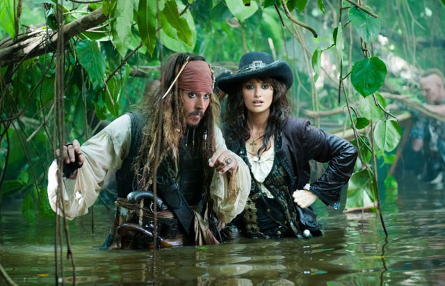 Johnny Depp (Jack Sparrow) and Penélope Cruz (Angelica) in 'Pirates of the Caribbean: On Stranger Tides'