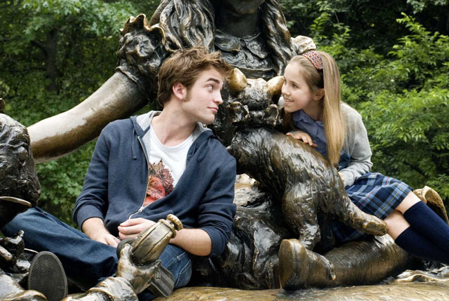 New York City Wonderland: Robert Pattinson and Ruby Jerins in 'Remember Me'