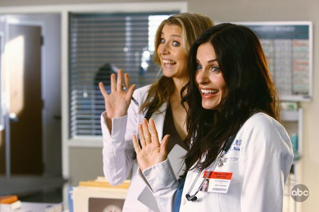 Sarah Chalke and Courtney Cox star in the season premiere of Scrubs on ABC on January 6th, 2009.