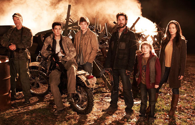 The Cast of 'Falling Skies': (L-R) Will Patton, Drew Roy, Conor Jessup, Noah Wyle, Maxim Knight and Moon Bloodgood