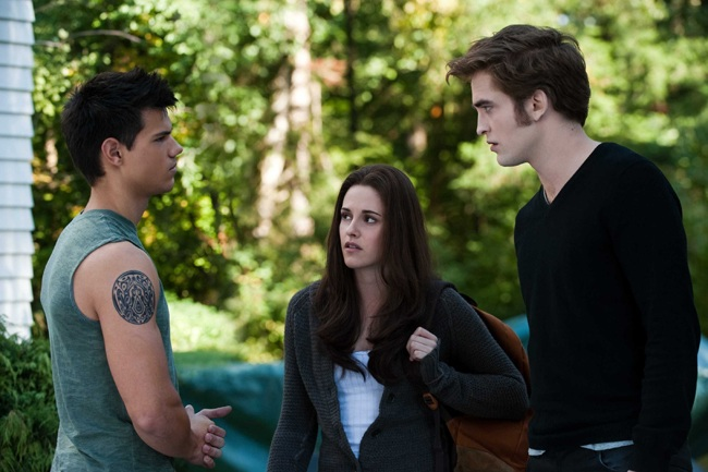 Three to 'Fango': Taylor Lautner as Jacob, Kristen Stewart as Bella and Robert Pattinson as Edward in 'The Twilight Saga: Eclipse'