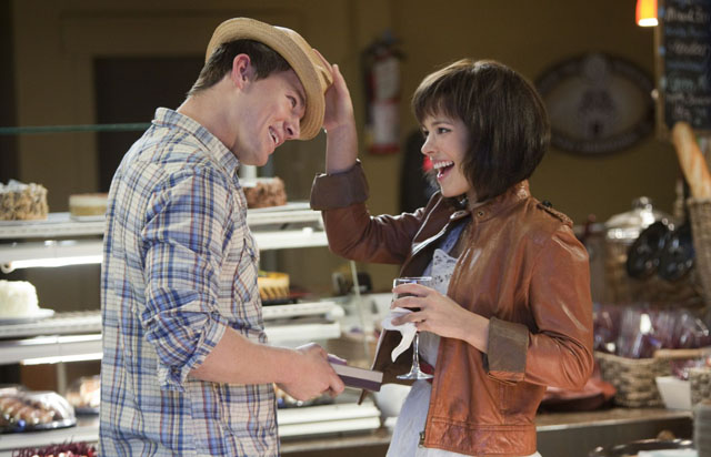 Channing Tatum (Leo) and Rachel McAdams (Paige) Meet Cute in 'The Vow'
