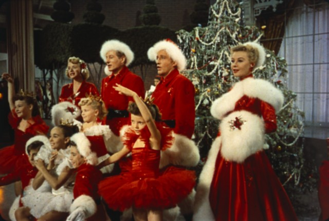 Rosemary Clooney, Danny Kaye, Bing Crosby and Vera-Ellen are upstaged by precocious ballerinas in Michael Curtiz's White Christmas.