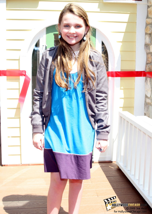 Abigail Breslin in Chicago on June 17, 2008 at Kit's Home on Abbott Place by American Girl for the new film Kit Kittredge: An American Girl